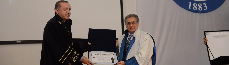 Cumhurbaşkanımız Recep Tayyip ERDOĞAN'a Fahri Doktora Takdimimiz Prof. Dr. M. Zafer GÜL